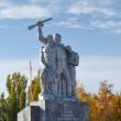 livny-pamyatnik-livencam-uchastnikam-vov-01