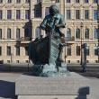 spb-pamyatnik-petru-i-na-admiraltejskoj-naberezhnoj-03