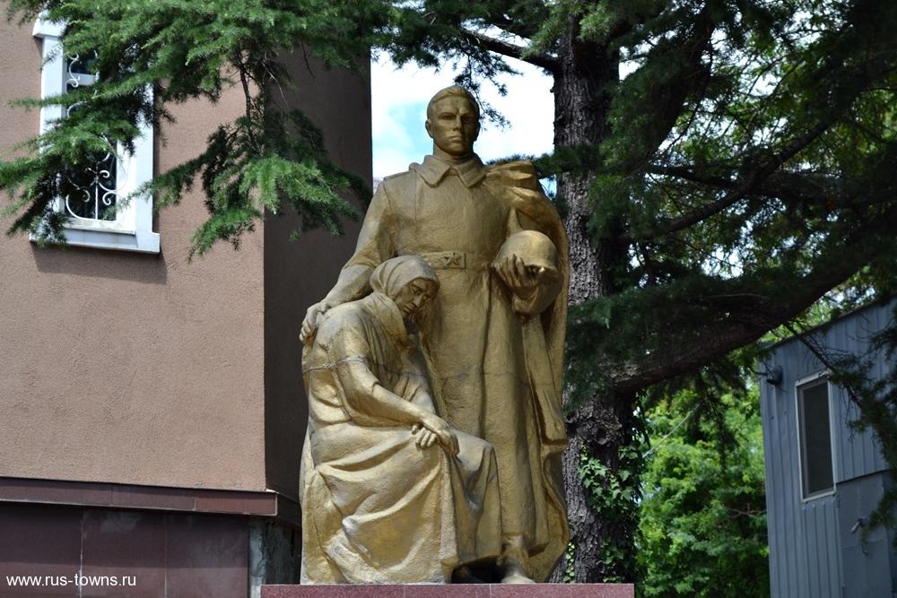 Надгробные памятники в туапсе памятники надгробные фото цена ульяновск