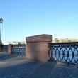 spb-pamyatnyj-znak-isaakievskomu-naplavnomu-mostu-04