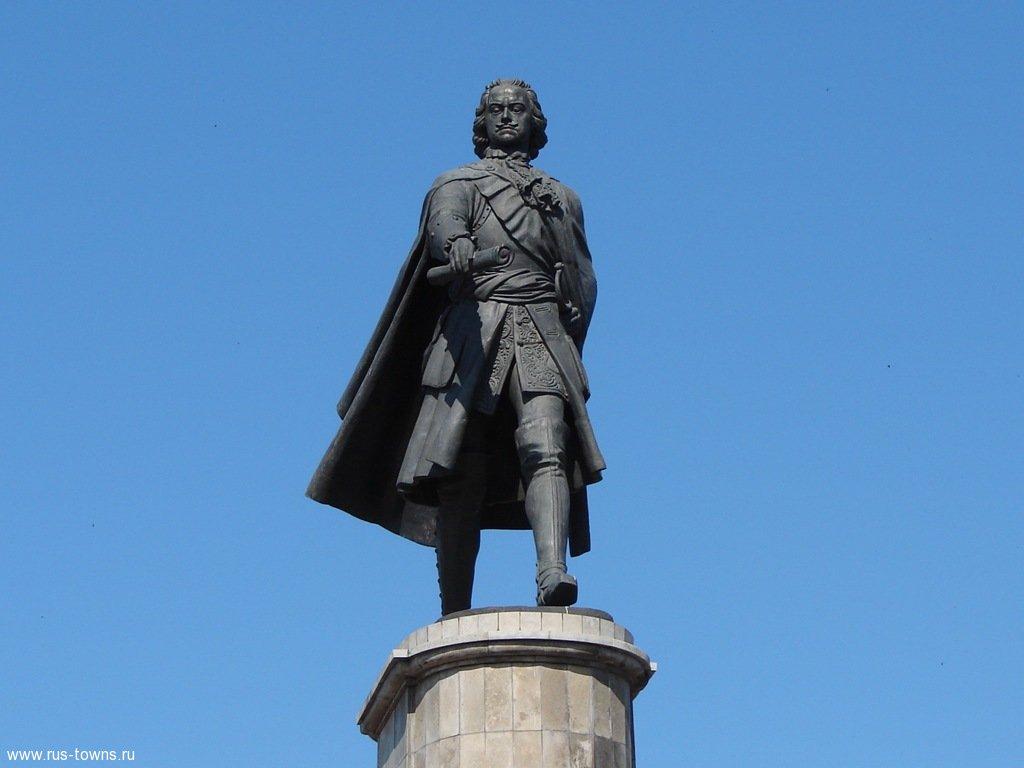 Памятник петру в липецке фото стоимость гранитных памятников в салехарде