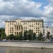 moskva-frunzenskaya-naberezhnaya-01.jpg