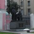 moskva-pamyatnik-ioannikiu-i-sofroniu-lihudam-01