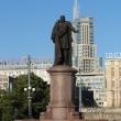 moskva-pamyatnik-melnikovu-02