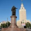 moskva-pamyatnik-melnikovu-05