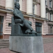 moskva-pamyatnik-snegirevu-01