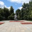 moskva-skver-devichego-polya-01