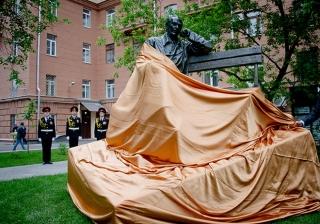 Открытие памятника Сергею Михалкову