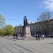 spb-pamyatnik-lomonosovu-01