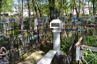 Могила родителей святителя Иннокентия Херсонского на Казанском кладбище